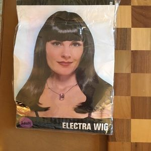 Black Electra Adult Costume Wig w/wig cap & brush